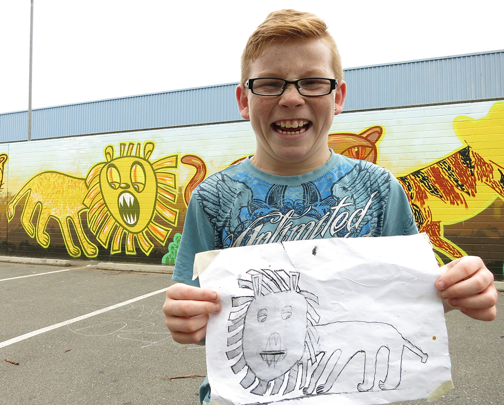 Pom Pom Lion with drawing 1 lo res